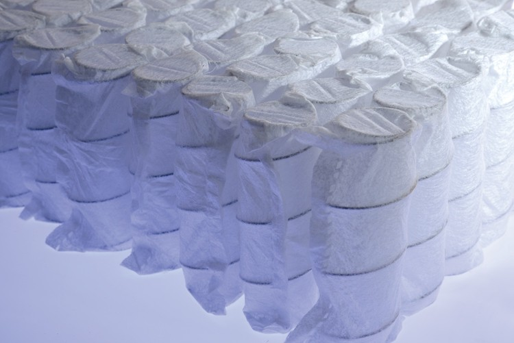 Custom spring mattress with memory foam top top manufacturers-7