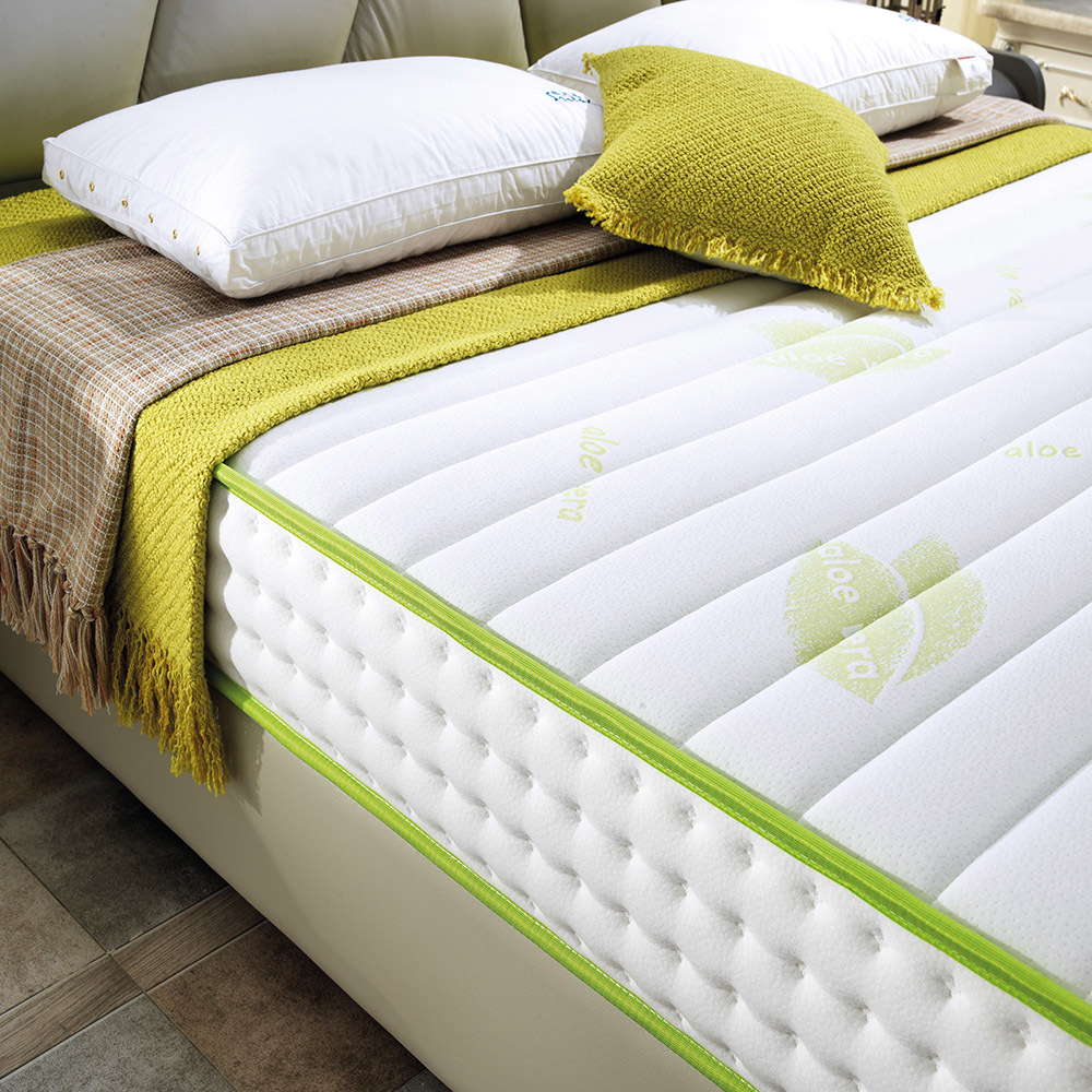 Wholesale Tight Top Latex Foam Pocket Spring Mattress Bed in Box